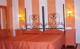 Oferta Viaje Hotel Escapada Hotel Alborán + Surf en Cádiz dos hora / día