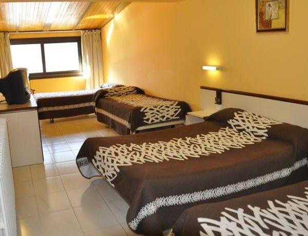 Oferta Viaje Hotel Escapada Cassany + Entradas Circo del Sol Scalada + Caldea