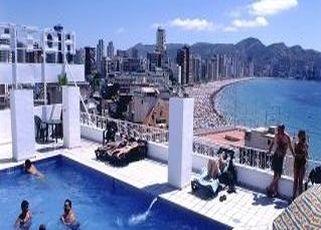 Oferta Viaje Hotel Escapada Centro Mar + Entradas Terra Mítica dos días