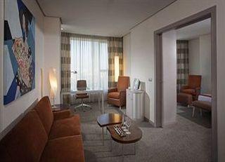 Oferta Viaje Hotel Escapada Hotel Hilton Valencia + Entradas Oceanogràfic + Hemisfèric