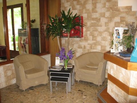 Oferta Viaje Hotel Escapada Hotel La Planada + Entrada dos días Naturlandia + P. Animales