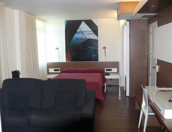 Oferta Viaje Hotel Escapada Hotel Los Angeles + Entradas 1 día Parque de Cabárceno