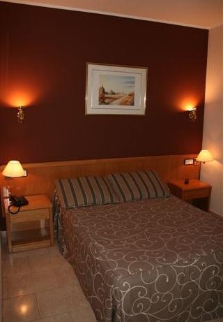 Oferta Viaje Hotel Escapada Marfany + Entradas Circo del Sol Scalada + Caldea