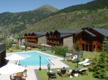 Oferta Viaje Hotel Escapada Nordic + Entrada dos días Naturlandia + P. Animales