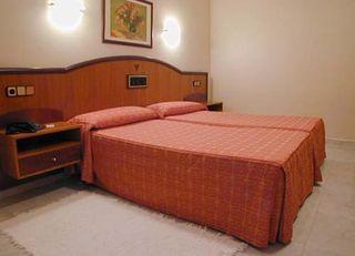 Oferta Viaje Hotel Escapada Nuevo Astur + SUP La Lanzada  dos hora / día