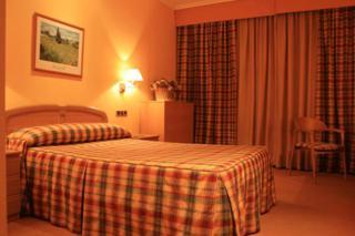 Oferta Viaje Hotel Escapada Hotel Oriente - Teruel + Entradas Dinópolis