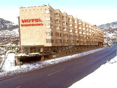 Oferta Viaje Hotel Escapada Panorama + Entradas General tres Horas - Caldea