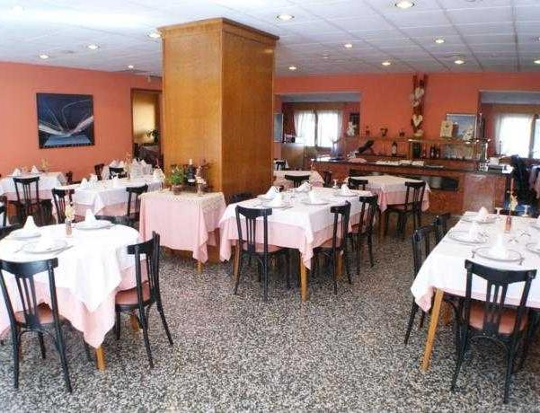 Oferta Viaje Hotel Escapada Paris Hotel + Circuito Vertical Negro-Colorado