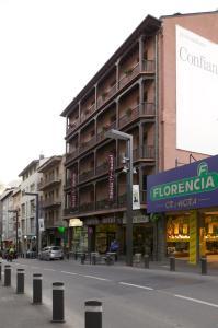Oferta Viaje Hotel Escapada Salvia d'Or + Entradas Caldea + Espectáculo Sensoria - (veinte-veintiuno)