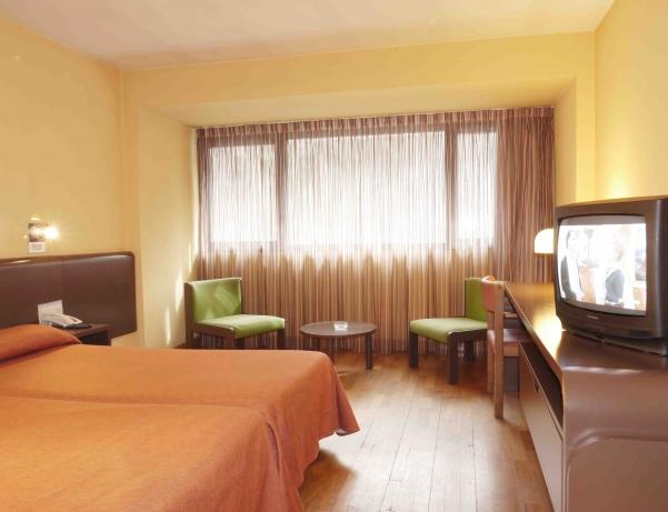 Oferta Viaje Hotel Escapada Sant Eloi + Entradas Circo del Sol Scalada + Inuu
