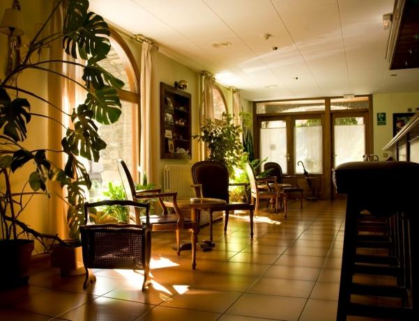 Oferta Viaje Hotel Escapada Santa Barbase de la Vall de Ordino + Entradas General dos Horas + Menu Almuerzo