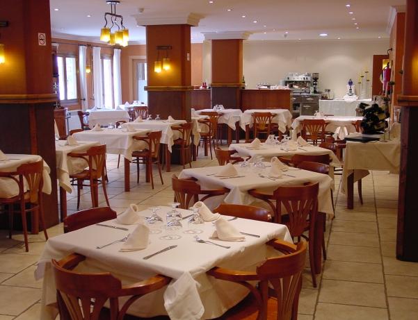 Oferta Viaje Hotel Escapada Segle xx + Entradas Circo del Sol Scalada + Caldea