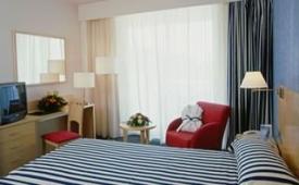 Oferta Viaje Hotel Escapada TRYP Port Cambrils Hotel + Entradas PortAventura tres días