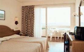 Oferta Viaje Hotel Escapada Valentin Paguera + Entradas a Katmandú Park