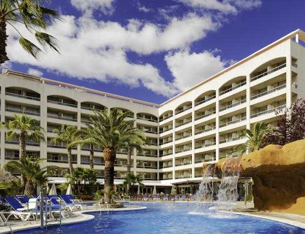 Oferta Viaje Hotel Escapada H10 Salou Princess + Entradas PortAventura tres días dos parques