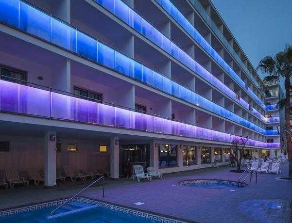 Oferta Viaje Hotel Escapada Hotel Best Los Angeles + Entradas Circo del Sol Amaluna - Nivel 1