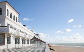 Oferta Viaje Hotel Escapada Hotel Playa de la Luz + Surf en Cádiz dos hora / día