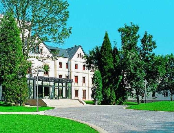 Oferta Viaje Hotel Escapada Balneario de Guitiriz + Club termal y circuito termal