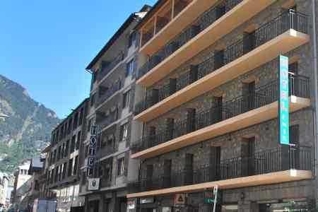 Oferta Viaje Hotel Hotel Alfa + Entradas Circo del Sol Scalada + Inuu