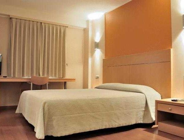 Oferta Viaje Hotel Escapada Espel + Entradas Circo del Sol Scalada + Inuu