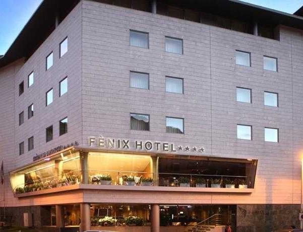 Oferta Viaje Hotel Escapada Fenix + Entradas Caldea + Espectáculo Mito Acuario  + Cena