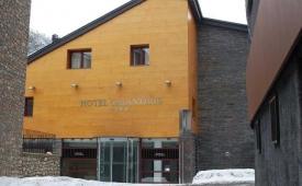 Oferta Viaje Hotel Escapada Galanthus + Entradas Circo del Sol Scalada + Caldea