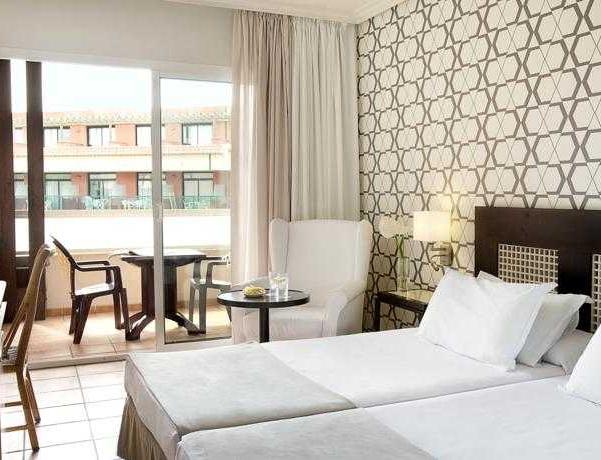 Oferta Viaje Hotel H10 Salauris Palace + Entradas PortAventura 1 día