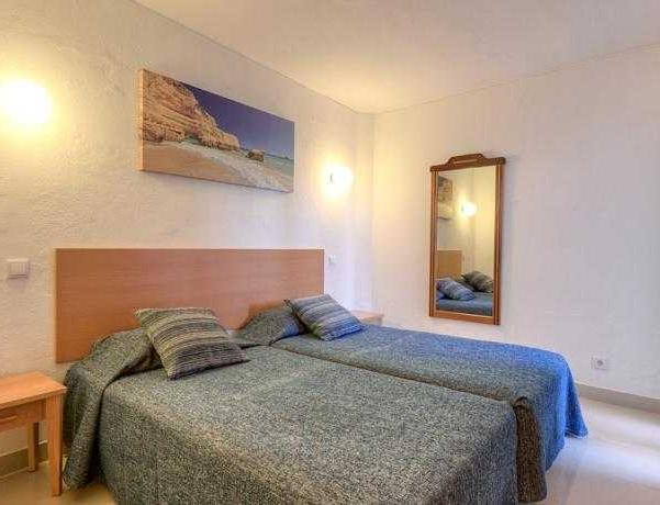 Oferta Viaje Hotel Escapada Interjumbria Golden Beach + Entradas Aquashow Park