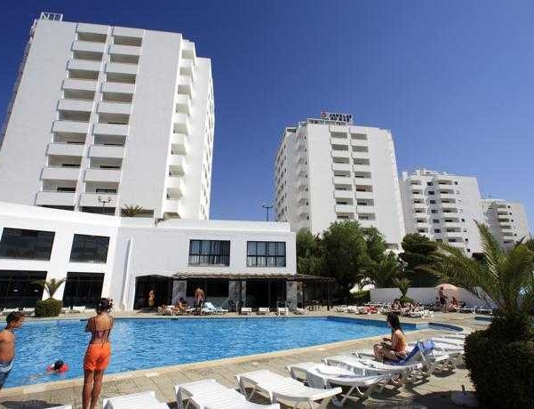 Oferta Viaje Hotel Escapada Janelas do Mar + Entradas Aquashow Park