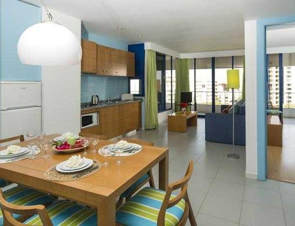 Oferta Viaje Hotel Escapada Luna Olympus + Entradas Aquashow Park