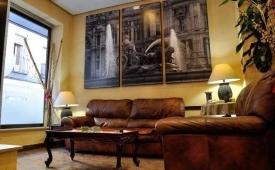 Oferta Viaje Hotel Escapada AHM Apartotel Marcenado + Entradas dos días sucesivos Warner