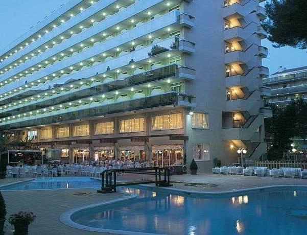 Oferta Viaje Hotel Escapada Hotel Marinada + Entradas Circo del Sol Amaluna - Nivel dos