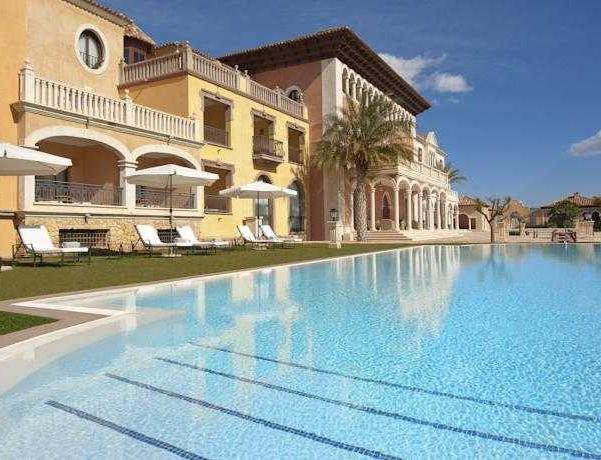 Oferta Viaje Hotel Escapada The Level At Melia Villaitana + Entradas Terra Mítica 1 día+ Entradas Planeta Mar 1 día
