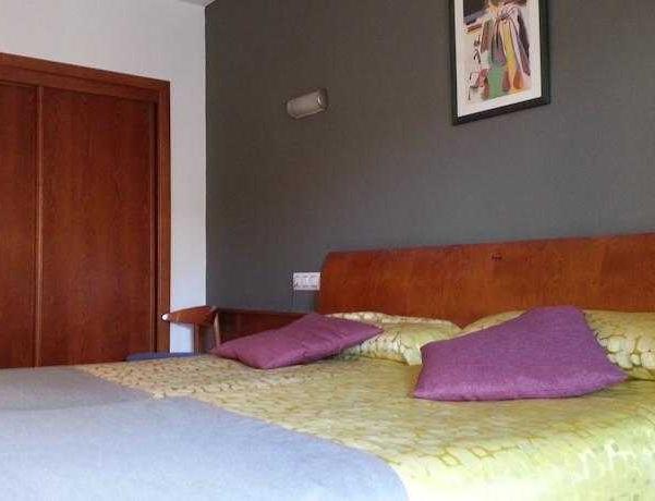Oferta Viaje Hotel Escapada Olympus + Entradas Terra Mítica dos días