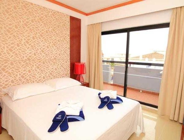 Oferta Viaje Hotel Escapada Ourapraia Hotel Pisos + Entradas Aquashow Park
