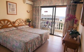 Oferta Viaje Hotel Parasol Garden + Entradas Bioparc de Fuengirola