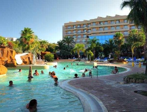 Oferta Viaje Hotel Escapada Zapas Pineda + Entradas Circo del Sol Amaluna - Nivel dos