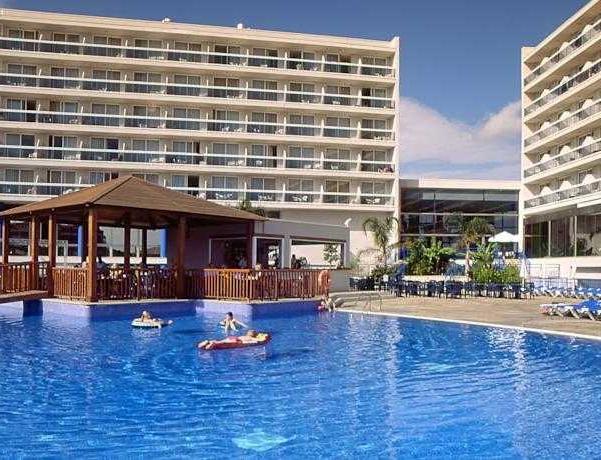 Oferta Viaje Hotel Escapada Sol Costa Daurada + Entradas PortAventura tres días dos parques