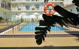 Oferta Viaje Hotel Escapada Hotel Pisos Loto Conil + Surf en El Palmar dos hora / día
