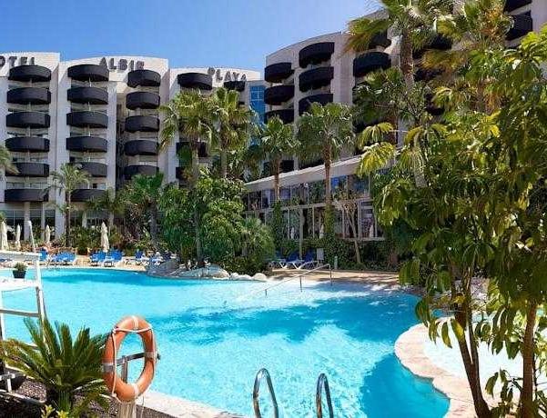 Oferta Viaje Hotel Escapada Albir Playa Hotel & Spa + Entradas Terra Mítica 1 día