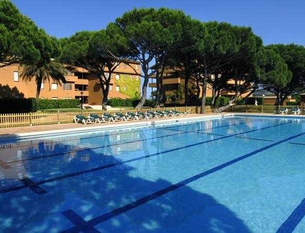 Oferta Viaje Hotel Escapada Pisos Beach & Golf Complejo turístico