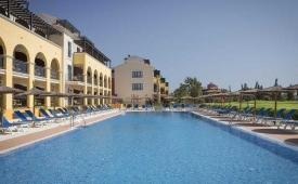 Oferta Viaje Hotel Barcelo Costa Ballena + Surf en Cádiz 2 hora / dia