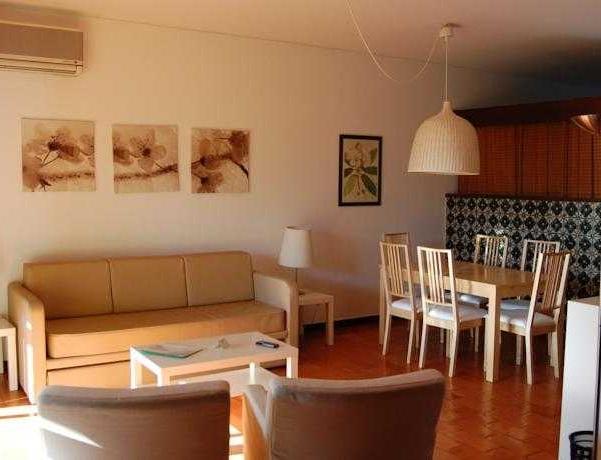 Oferta Viaje Hotel Escapada Pinhal Da Marina + Entradas Zoomarine Parque temático 1 día