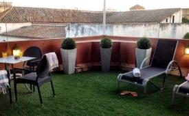 Oferta Viaje Hotel Escapada C&L Quintana by Life Apartments + Entradas Isla Mágica 1 día
