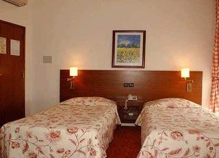 Oferta Viaje Hotel Escapada Residencial Princesa + Acceso a Museos y Transporte 48h