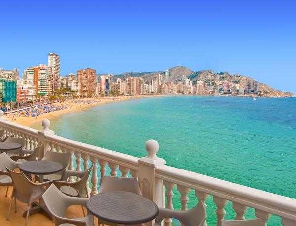 Oferta Viaje Hotel Escapada RH Canfali + Entradas Terra Mítica 1 día+ Entradas Planeta Mar 1 día