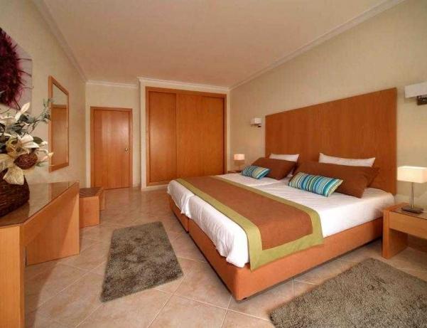 Oferta Viaje Hotel Escapada Solaqua + Entradas Zoomarine Parque temático 1 día