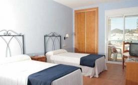 Oferta Viaje Hotel Escapada Hostal San Jose + Entradas a Parque Oasys Mini Hollywood