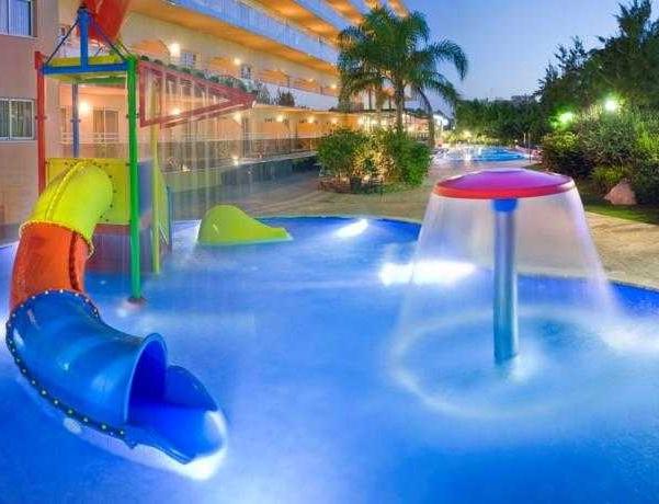 Oferta Viaje Hotel Escapada SunClub Salou + Entradas Circo del Sol Amaluna - Nivel 1