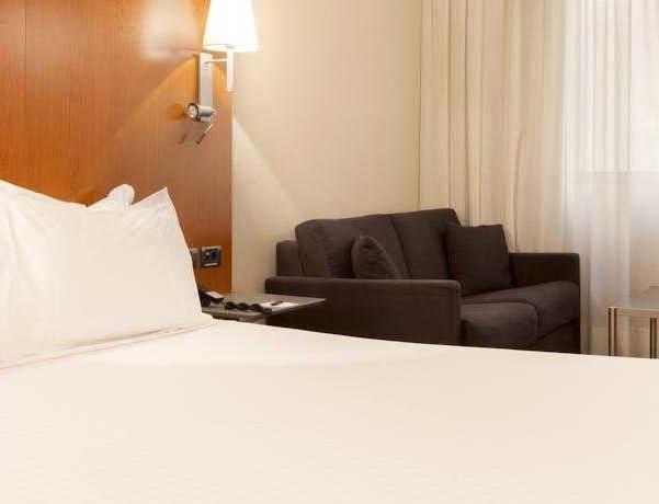 Oferta Viaje Hotel Escapada AC Hotel Tarragona by Marriott + Entradas PortAventura tres días